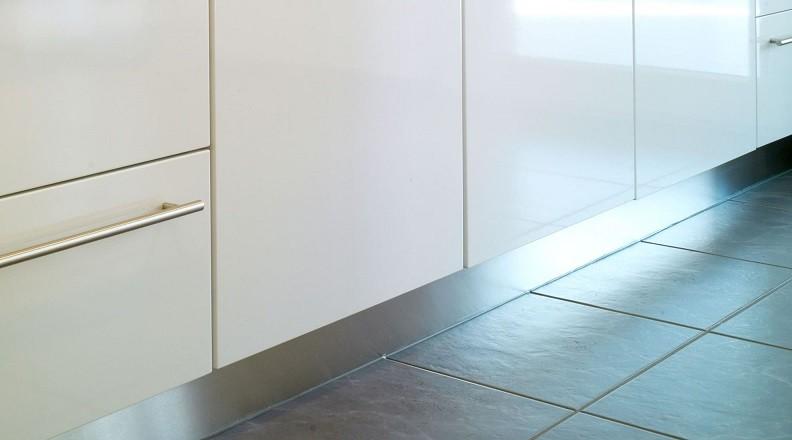 Küchensockel Alu gebürstet
